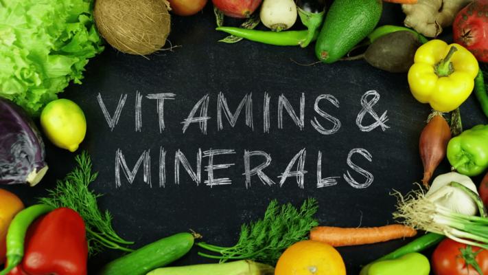 Care este diferența dintre vitamine și minerale