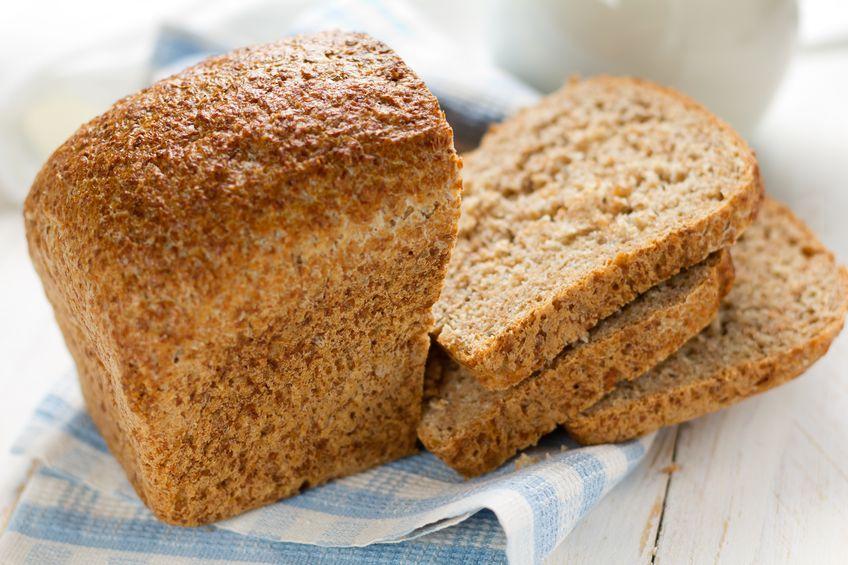 dieta cu carbohidrati sanatosi - paine integrala