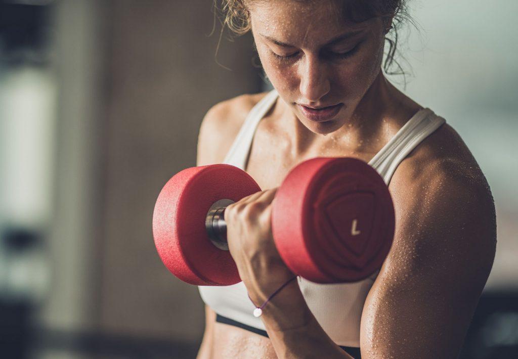 accelerarea metabolismului prin antrenamente cu greutati
